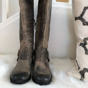 Vince Camuto leather Moto boot with logo stirup